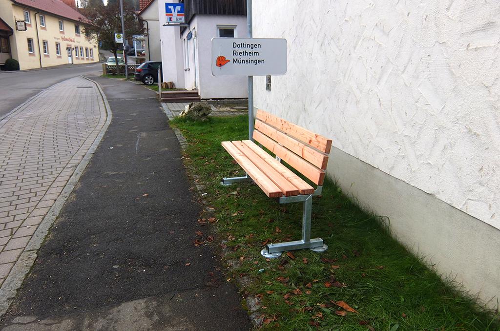 Mitfahrbänkle St. Johann-Gächingen, Bau Fa. Rau Lenningen