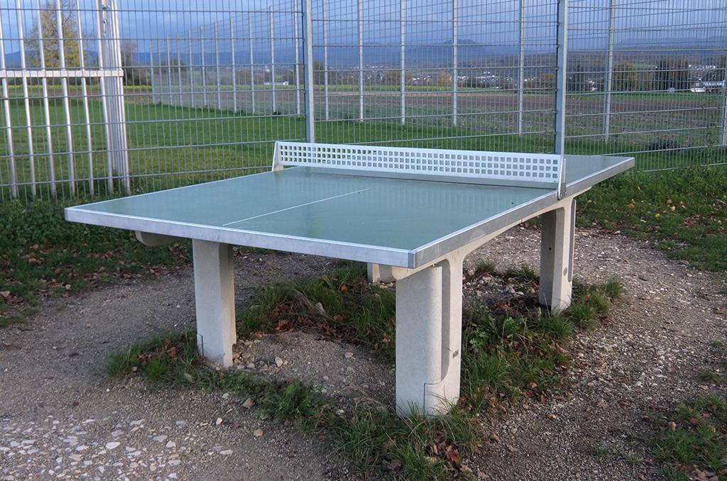 Tischtennisplatte - Sportstätte in Köngen